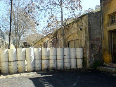 1280px-Nicosia_fence01